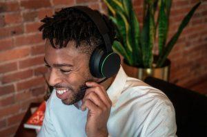 Usando Xbox Wireless Headset